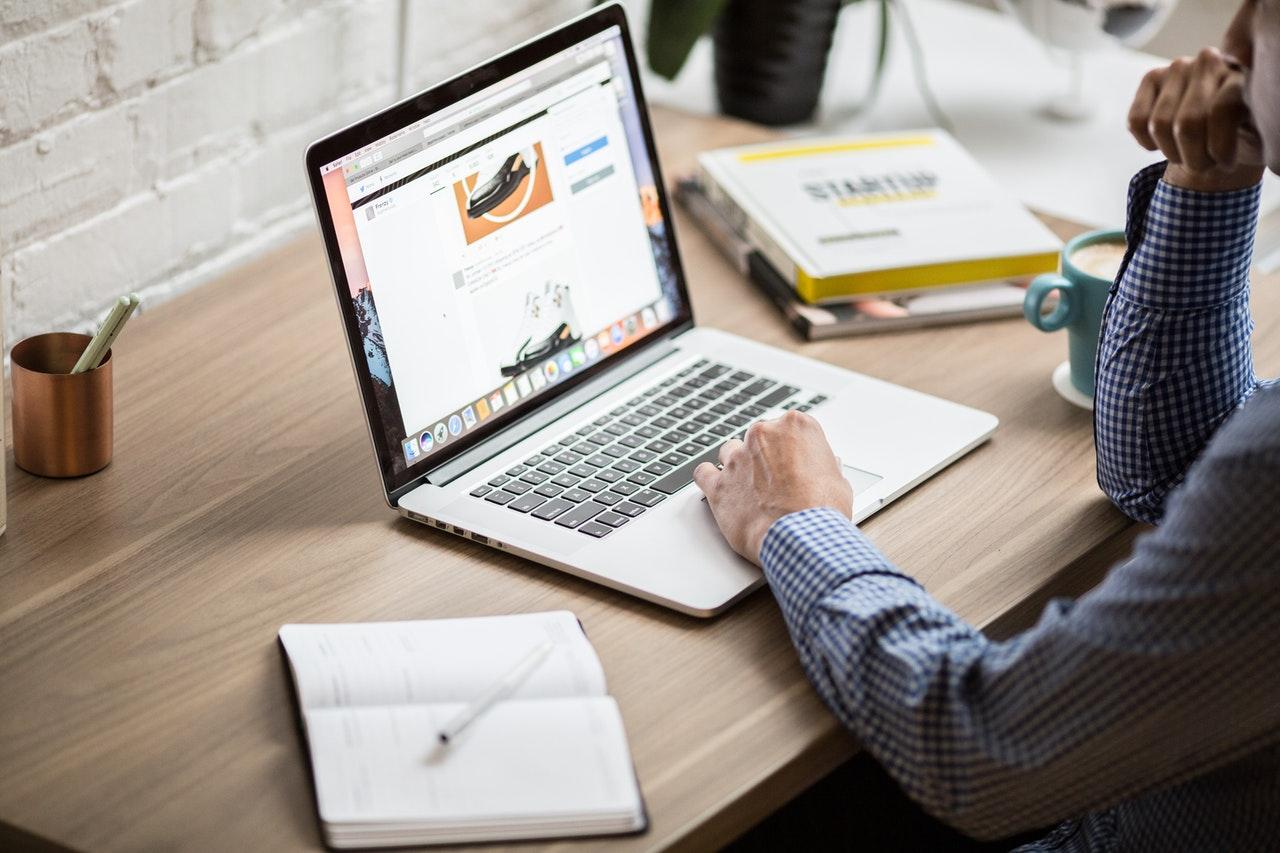 IWS - Hubspot VS Wordpress CMS - Site web